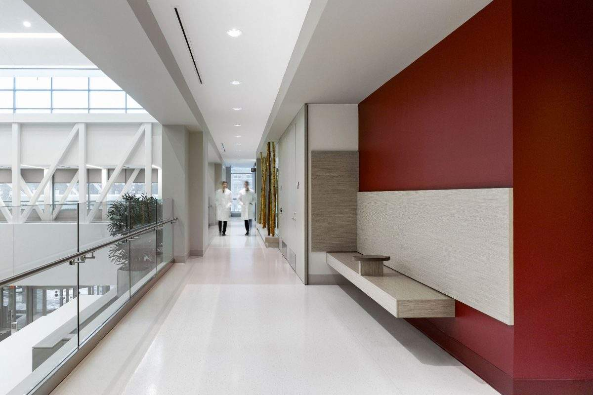 The qualities of rubber floorings in healthcare design | Artigo